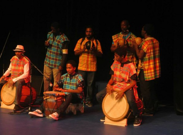 Un groupe de percussion gwoka